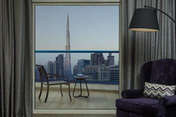 Radisson Blu Hotel Dubai Waterfront - Featured Image