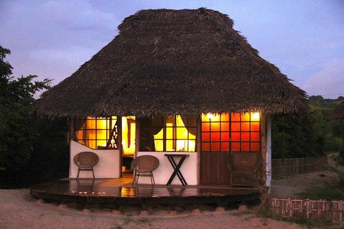 . nZuwa Lodge