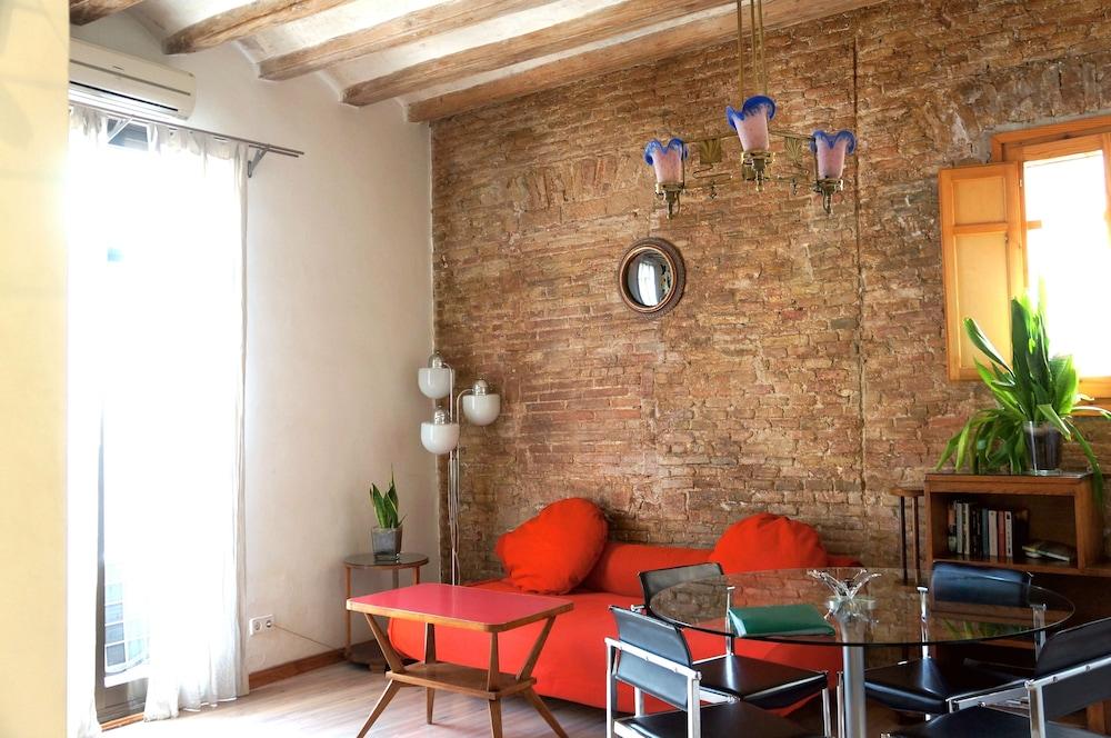 Avenida Apartments Pintor 3