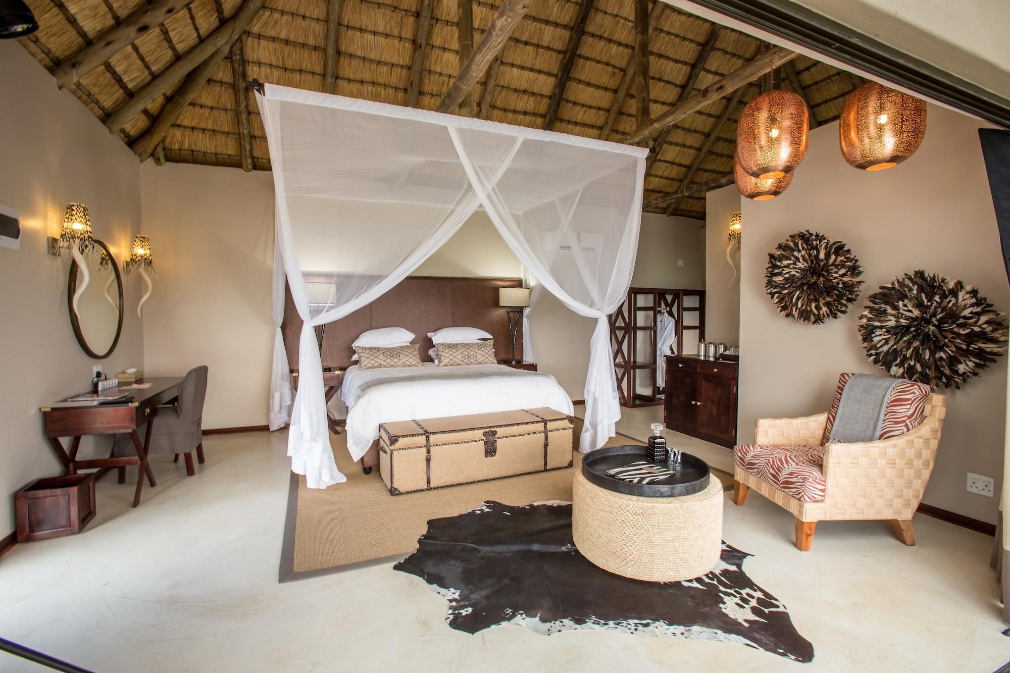 Umzolozolo Private Safari Lodge, Uthukela