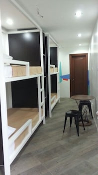 1521 HOSTEL Room