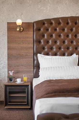 . Park-Hotel & SPA Vella Hills
