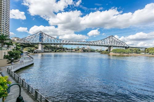 River View Suites in the Heart of Brisbane, City - Inner