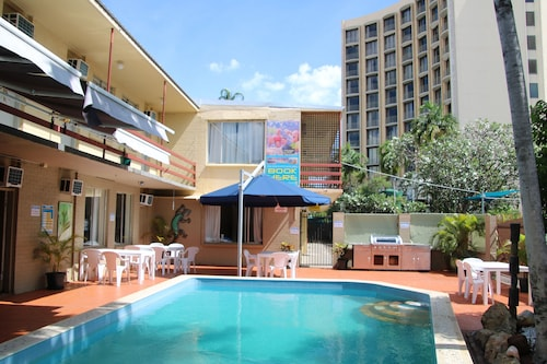 Crocodilly Inn - Hostel, City - Inner