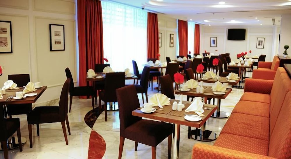モナコ ホテル