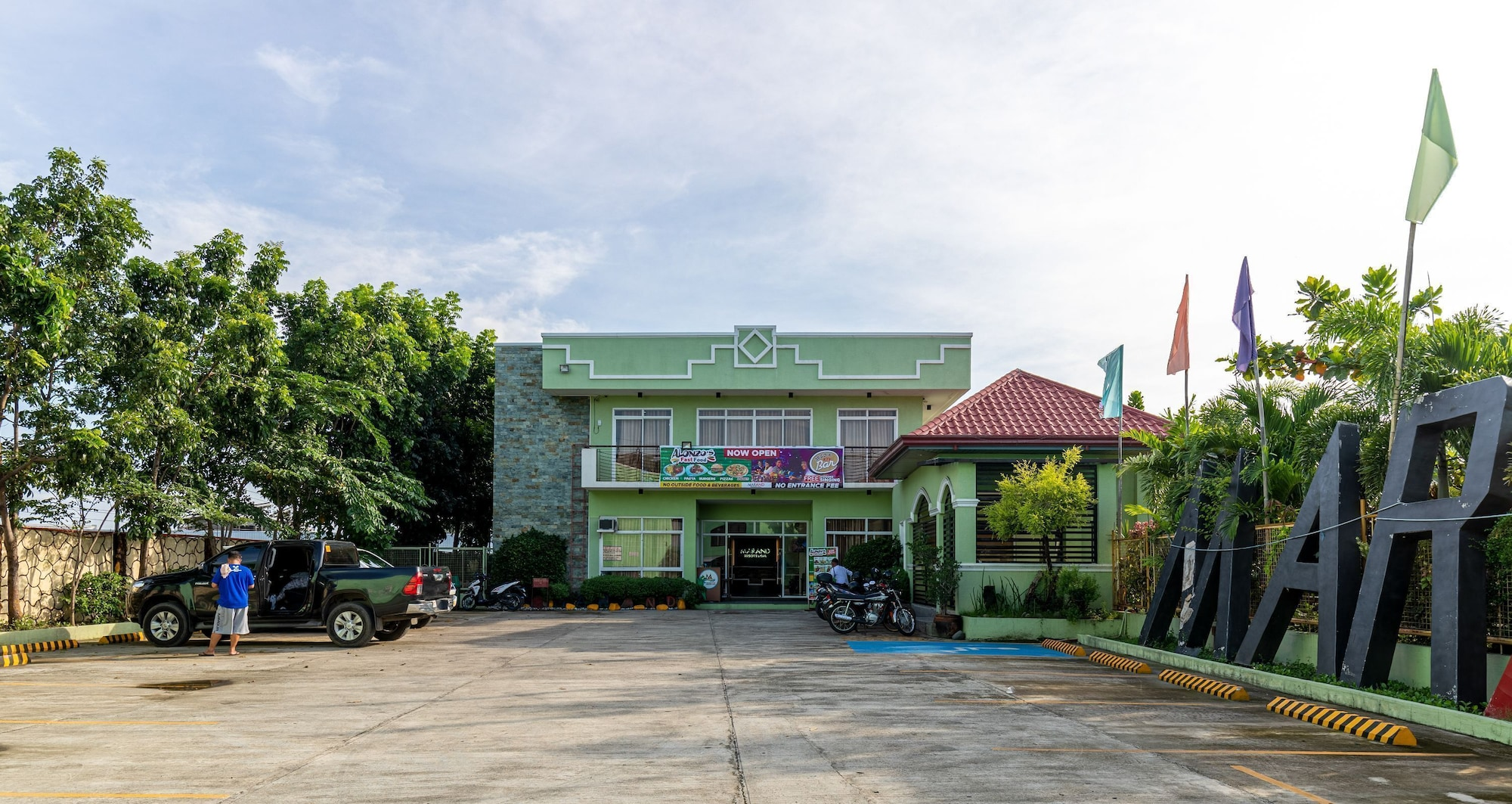 Marand Highway Resort, Bauang