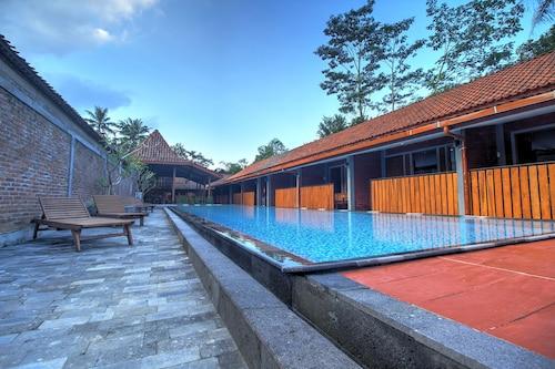 . Wahid Borobudur