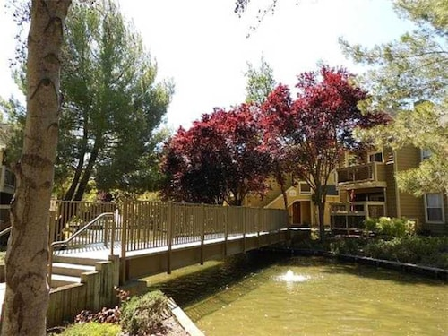 Global Luxury Suites in the heart of San Ramon, Contra Costa