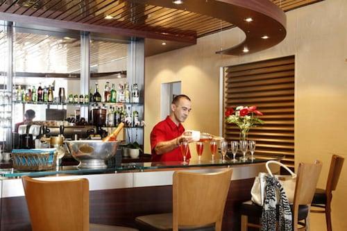 __{offers.Best_flights}__ Hotel Des Remparts