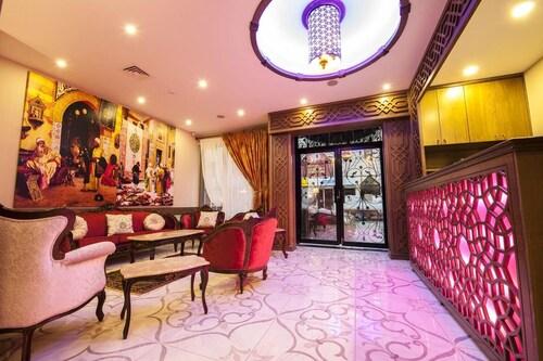 . Hotel Ney