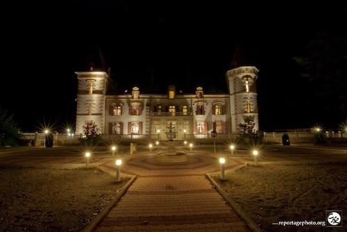 . Château de Lastours