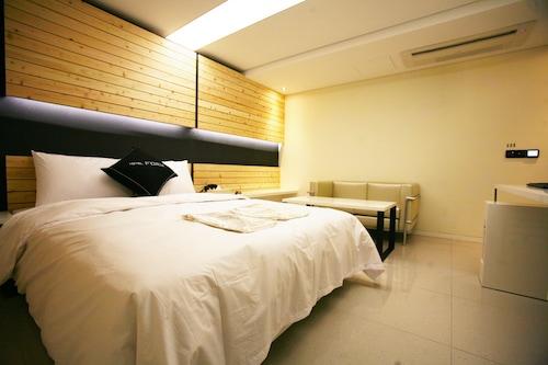 FORM HOTEL, Gwang-jin