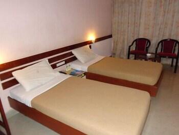 מלון Hotel Poonja International מאנגאלור | דקה 90