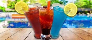 CASA DE MIGUELITOS Food and Drink