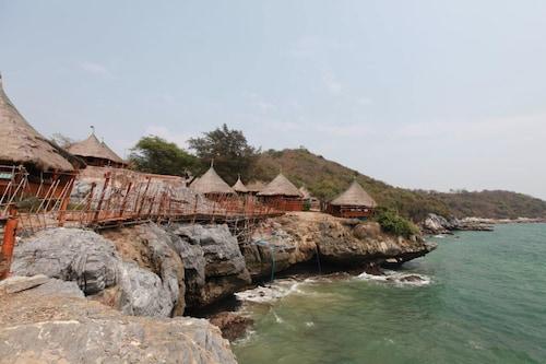 Paree Hut Resort Koh Sichang, Koh Si Chang