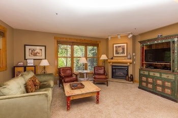 Trapper's Crossing #8770 - 2 Br Townhouse