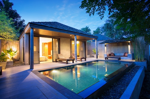 . Muthi Maya Forest Pool Villa Resort