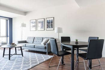 Airy 1BR in Fenway by Sonder photo