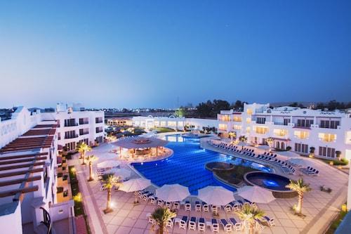 . Old Vic Sharm Resort