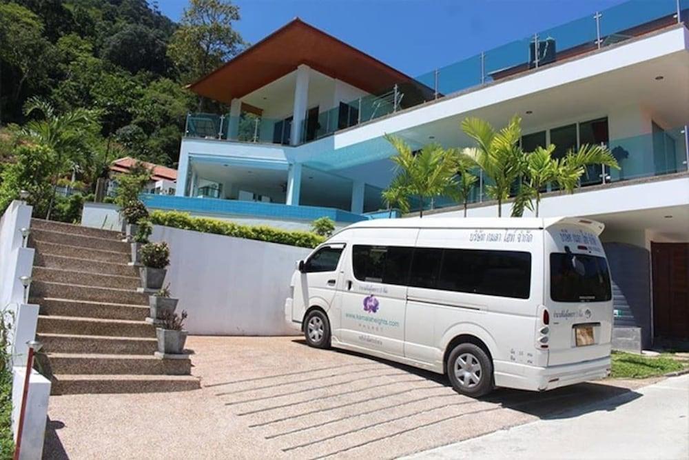 https://i.travelapi.com/hotels/19000000/18520000/18518100/18518080/9f8ba5c8_z.jpg