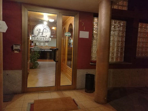Hotel Fausto, Cuneo