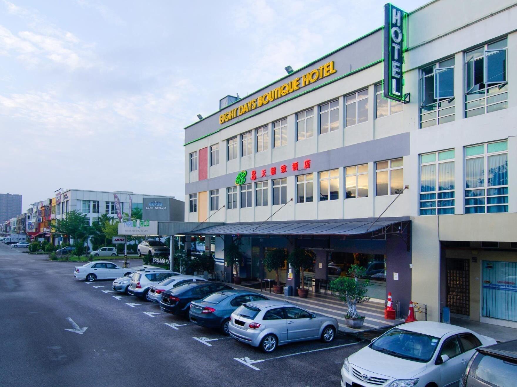 8 Days Boutique Hotel @ Mount Austin JB, Johor Bahru