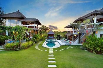 峇里島舞蹈山峰美式飯店