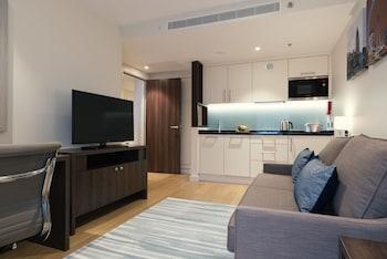 Deluxe Suite, 1 Queen Bed