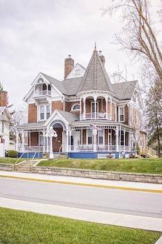 A Governor's Inn