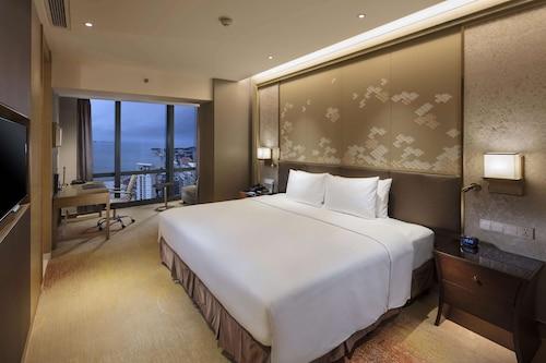 . Hilton Yantai