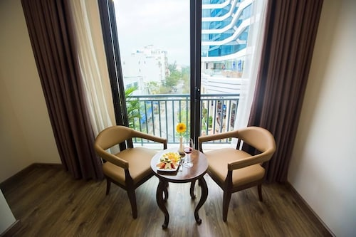 Grand SeaView Hotel, Ngũ Hành Sơn