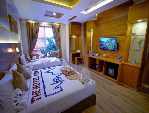 The Hotel Nova, Mandalay