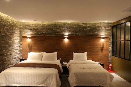 Hotel Asiad, Namdong