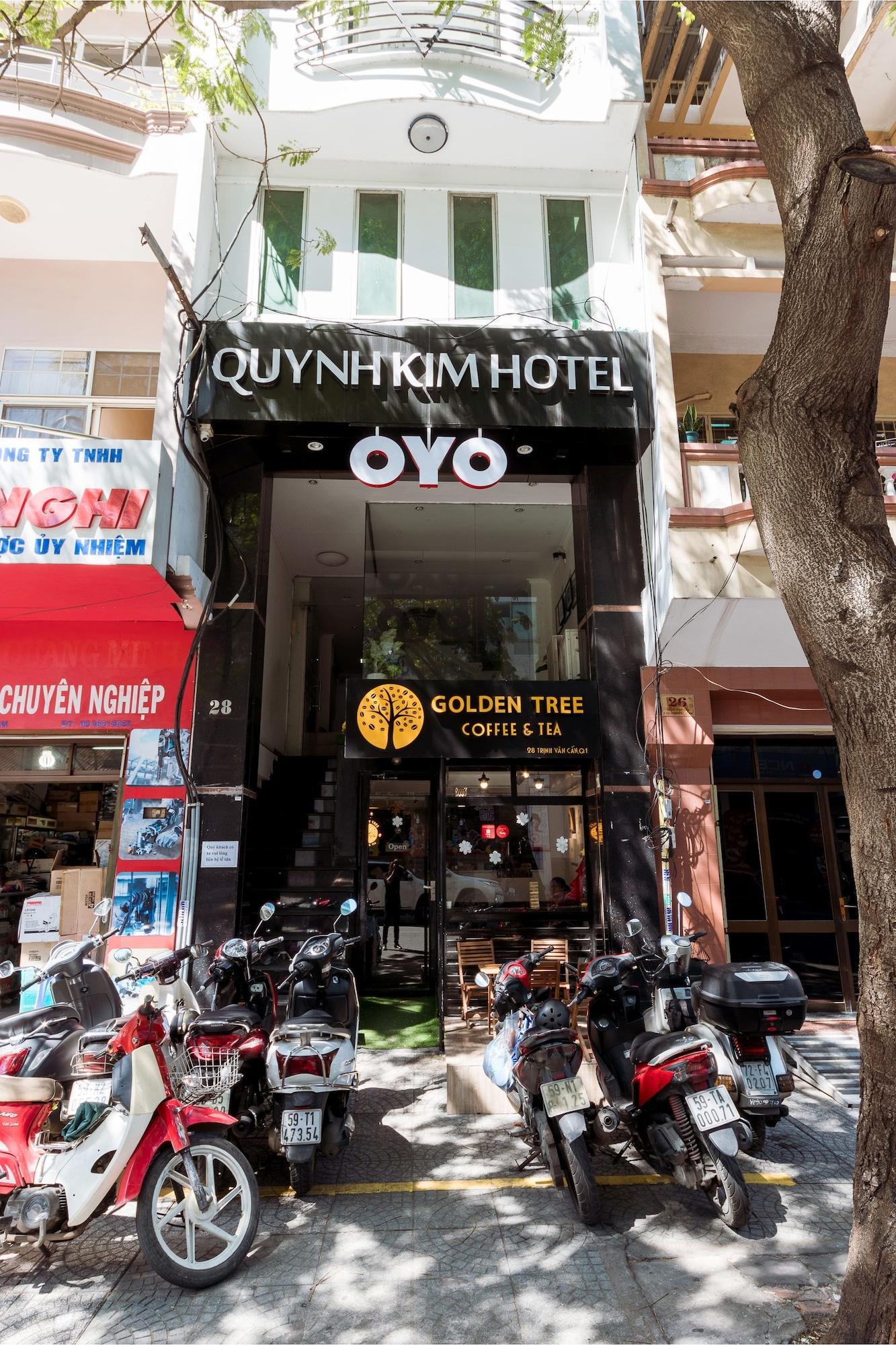 OYO 127 Quynh Kim Hotel, Quận 1