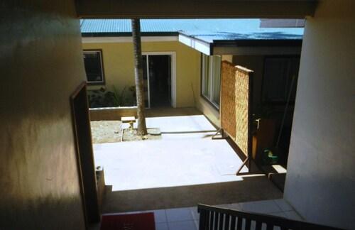Hotel Phoenix, Goroka