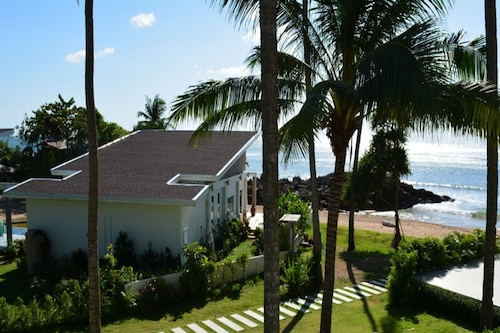 . Coconut Bay Penthouse Apartment