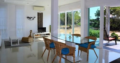 Coconut Bay Villa 2, Ko Lanta
