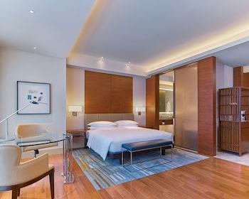 GRAND HYATT MANILA Guestroom