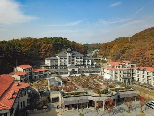 Eden Paradise Hotel, Icheon