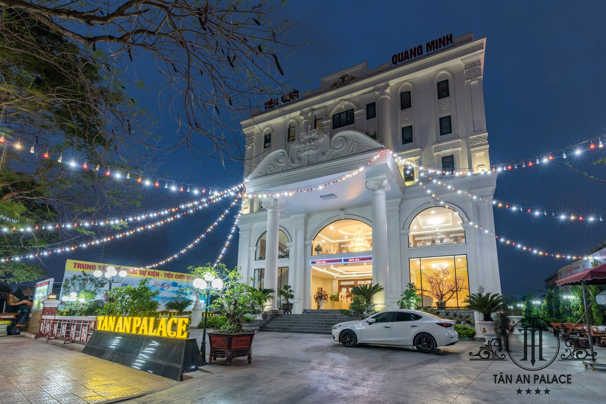 Tan An Palace, Hồng Bàng