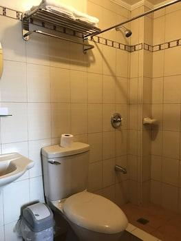 HOTEL CATERINA Bathroom