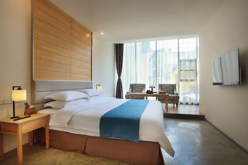 GuiLin HeShe Hotel, Guilin