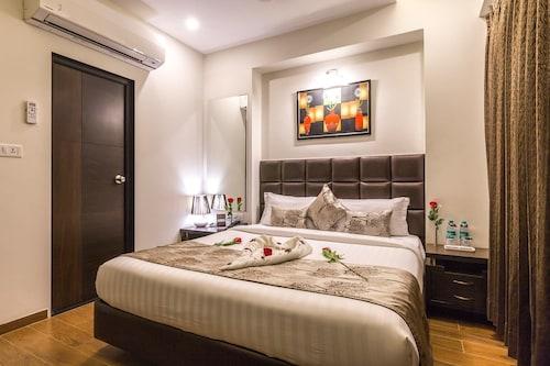 Hotel Prominent Coporate Residency, Gandhinagar