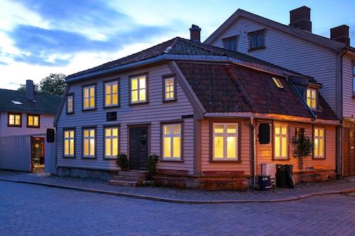 . Gamlebyen Hotell- Fredrikstad