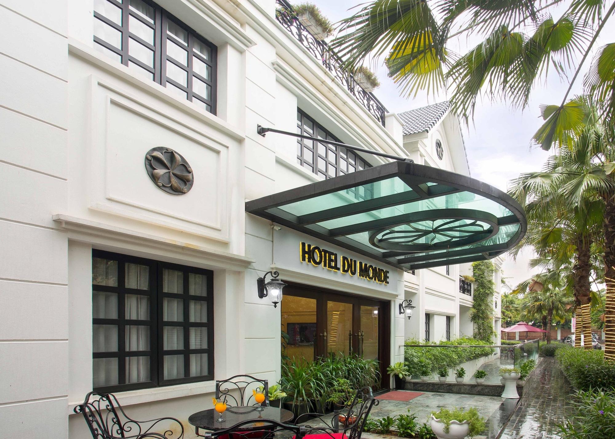Hotel du Monde, Long Biên