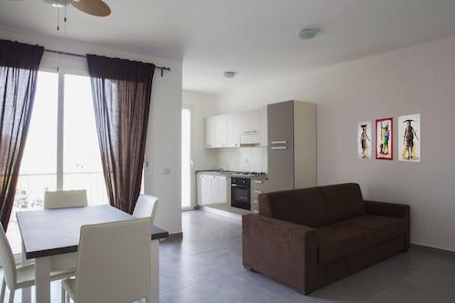 . AHG Zodiaco Apartments Complex
