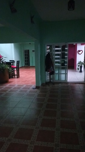 Hostal Azteca, Gustavo A. Madero