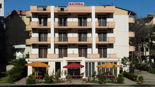 Hotel Nacional, Durrësit