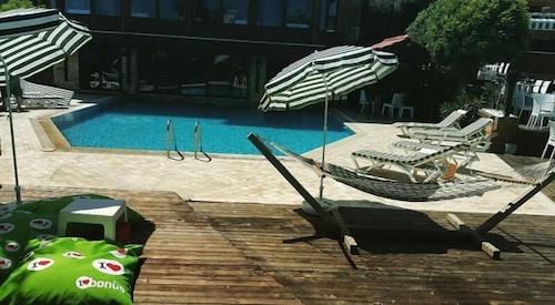 Daidalos Hotel, Burhaniye
