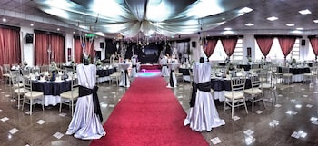 Pines View Hotel Baguio Banquet Hall
